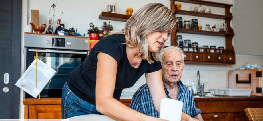 Aide à domicile : le cri d'alarme des professionnels pour un vrai financement du secteur