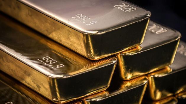 Les épargnants se ruent sur l'or, au plus haut de son histoire